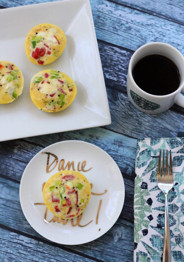Homemade healthy starbucks sous vide egg bites without the sous vide machine. This is a delicious and healthy low-carb, protein-packed snack. fitnessista.com